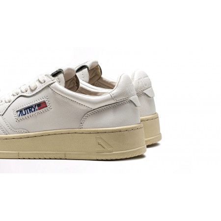 autry low sneakers in leather white white