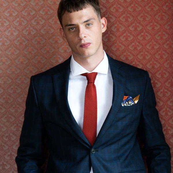 red liotta cravate pochette square
